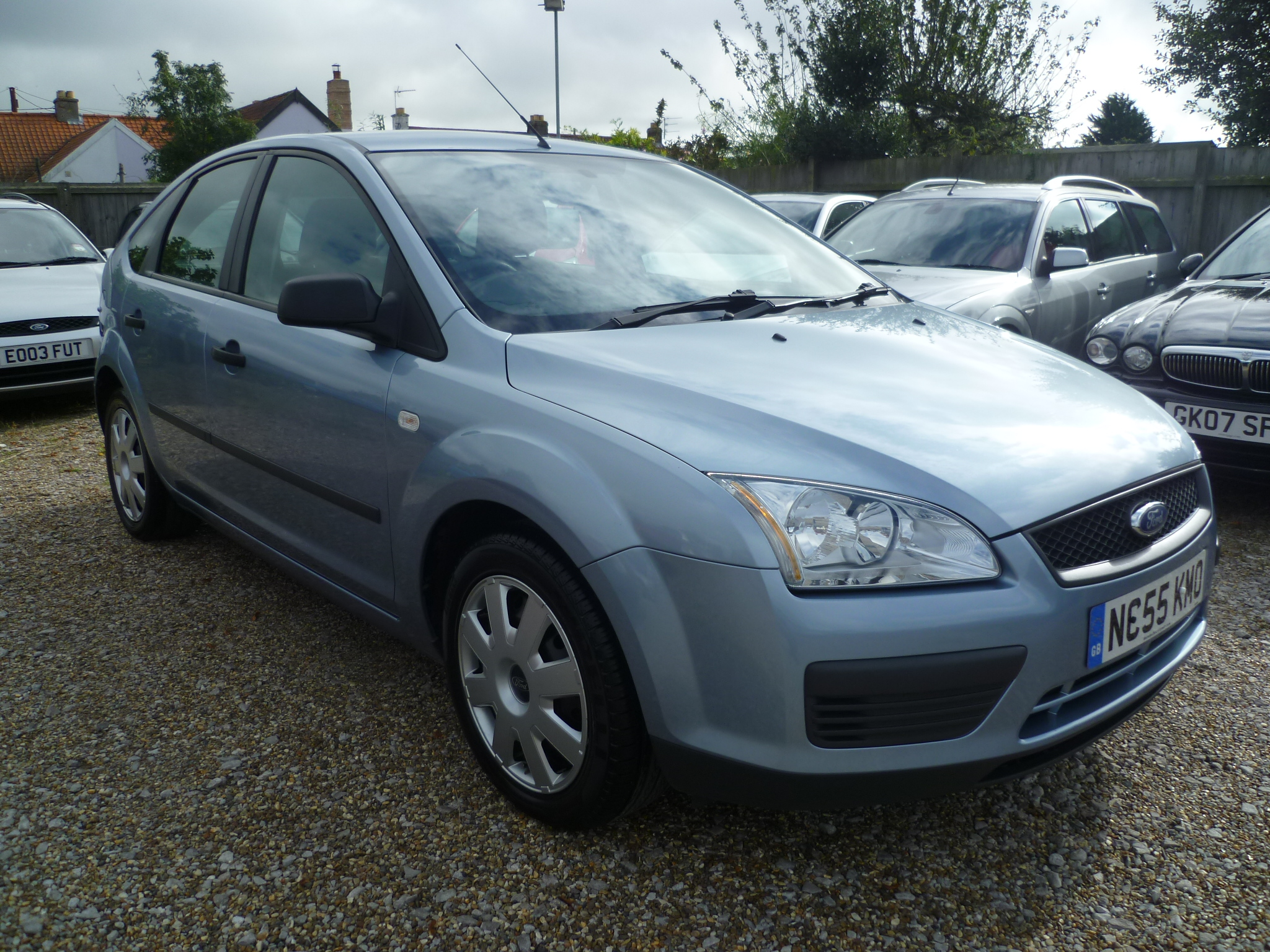 Ford Focus 1.6 LX 5Dr Automatic