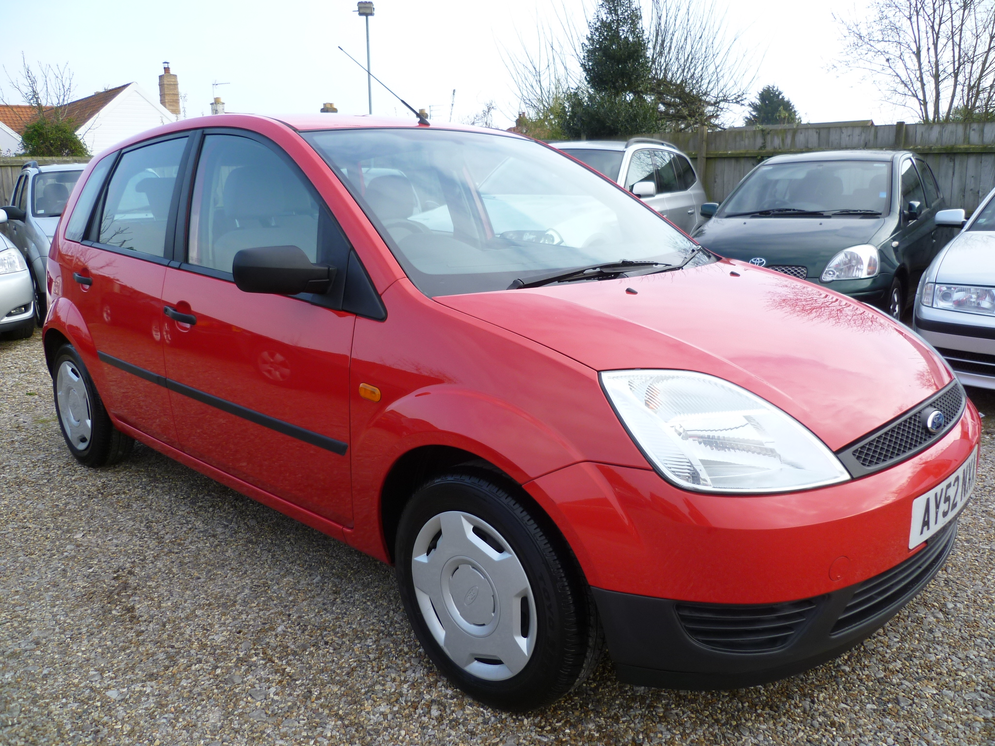 FORD FIESTA 1.3 FINESSE 5DR 002