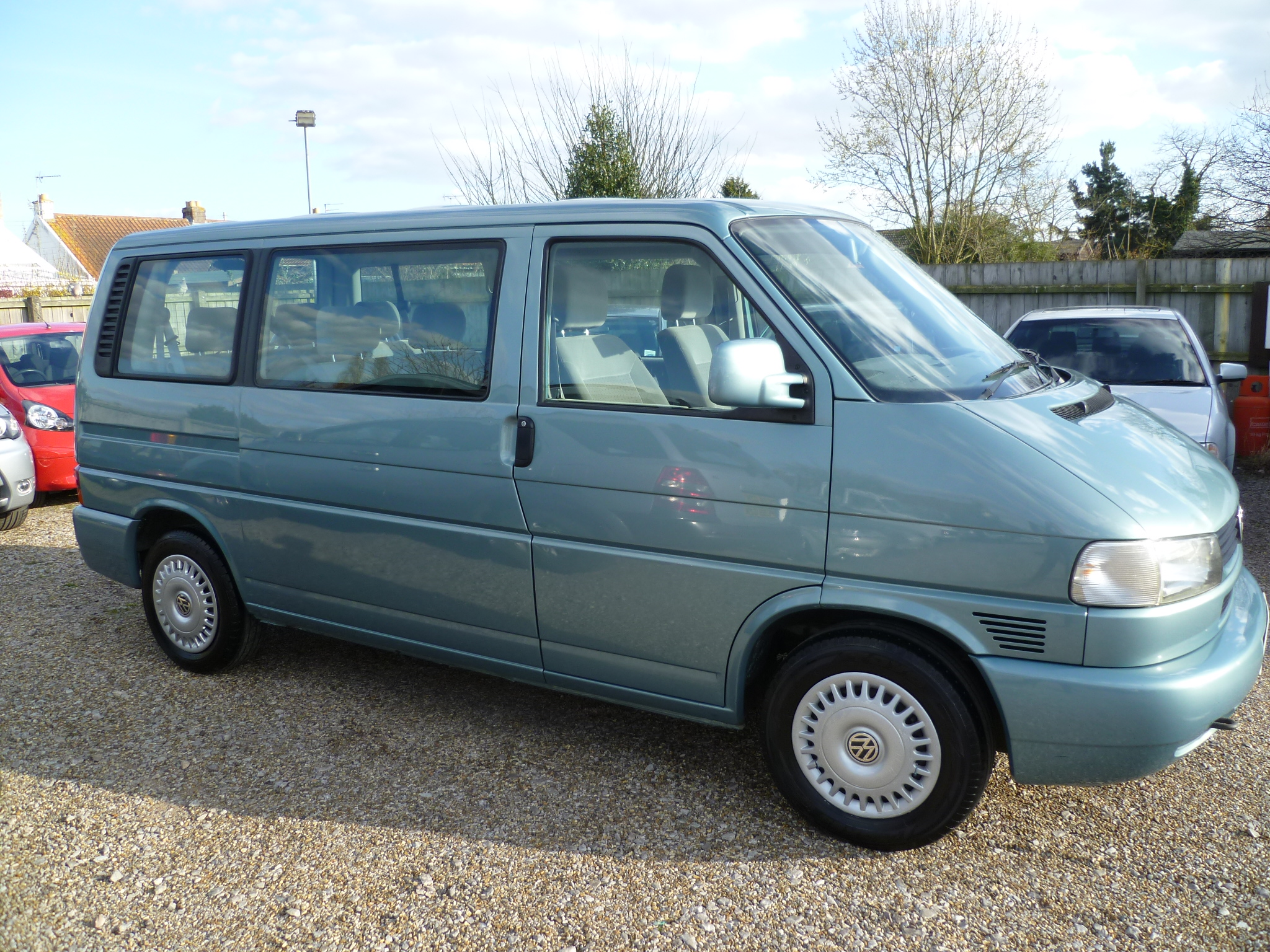 VW Caravelle 2.5TDI Automatic 014